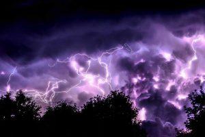 storm-purple-lightning_jeremy-thomas-128457